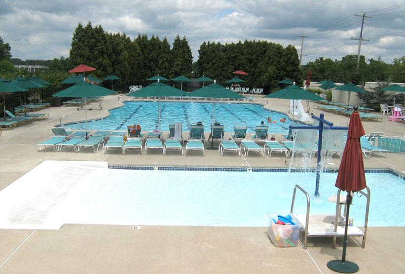 bucks-club-wading-pool