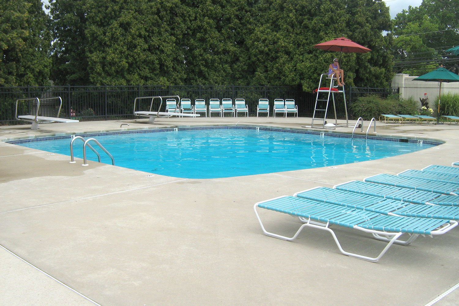 The Bucks Club: Diving Tank, Cantilever Decking, New Filtration System, Jamison, PA